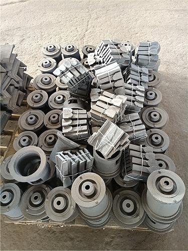 拋丸機高鉻葉片/鋁膜板拋丸機配件/諸城萬