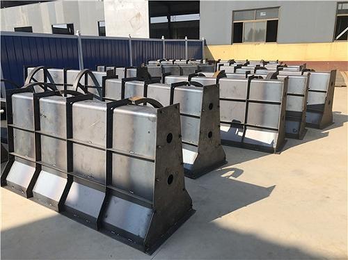 混凝土护栏模具 生产制造厂 按图定做
