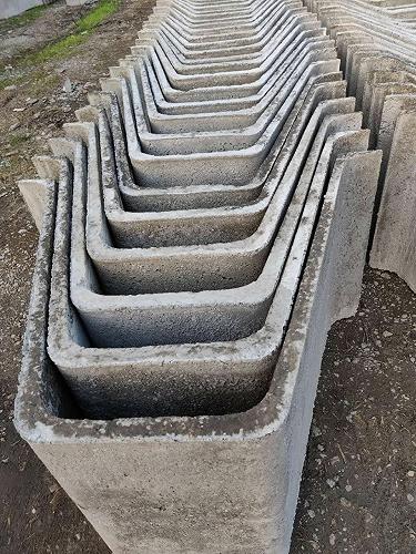 水利U型槽模具圖片-混凝土U型槽模具