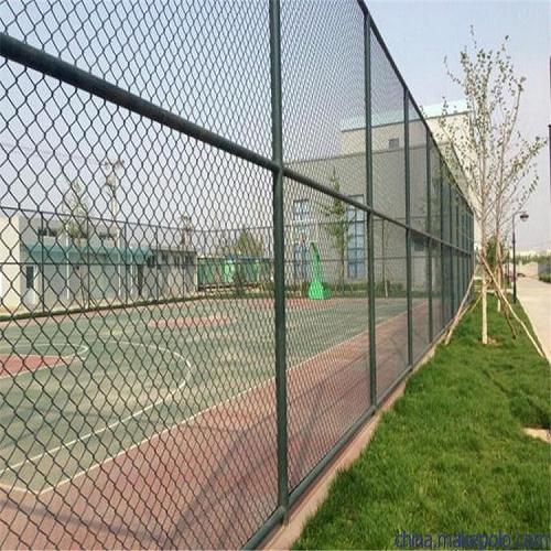 球场围网绿色篮球场围网绿色体育场围网厂家