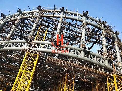 河南體肓館看臺項目鋼結構管桁架生產加工