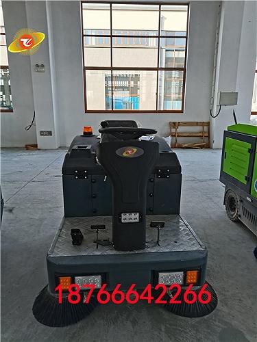 騰陽電動駕駛式掃地車應用場所