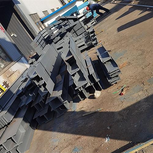 焊接H型山東鋼鋼結構加工生產瑞馳鋼構